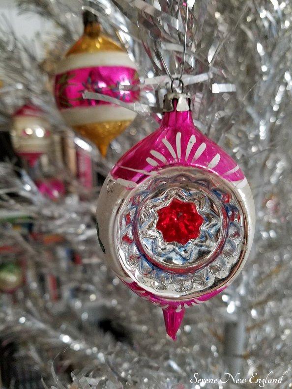 Vintage Aluminum Christmas Tree (7).jpg