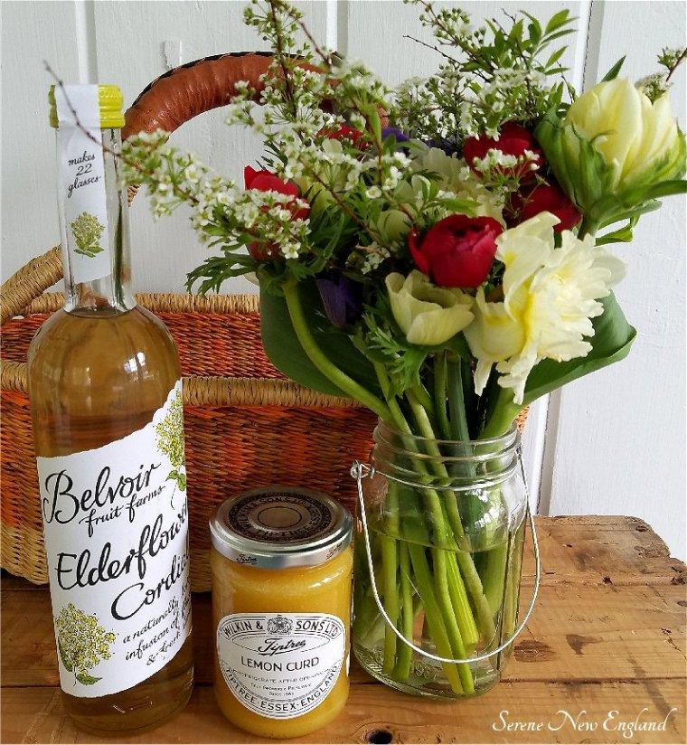 Lemon Elderflower Royal Wedding Cake Meghan Harry (10).jpg