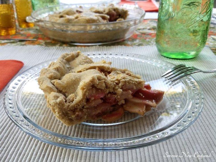 Organic Maine Apple Pie Recipe (14).jpg