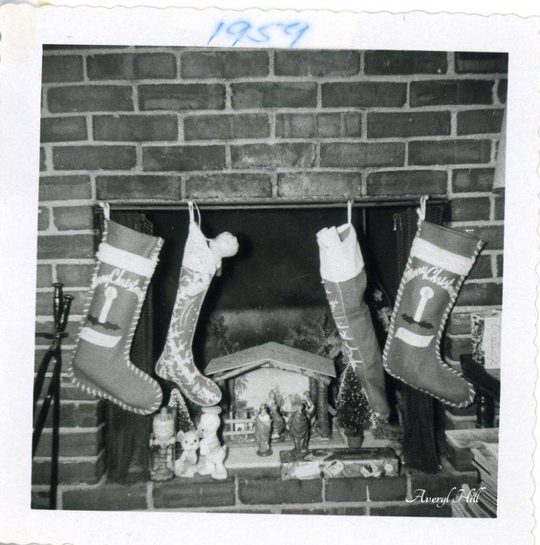 Vintage Christmas Stockings (10).jpg