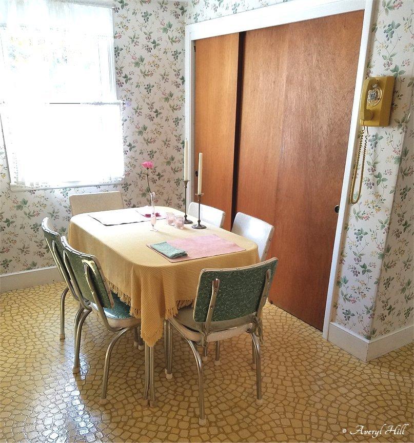Sunny yellow vintage kitchen