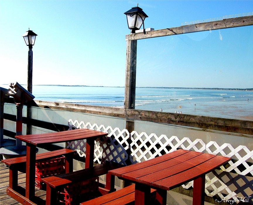 Seaside dining with binoculars