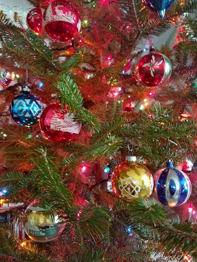 Vintage Christmas Real Tree 2019 (17)