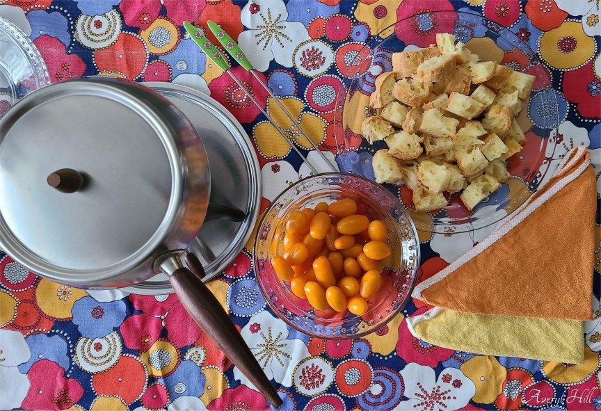 Vintage fondue party